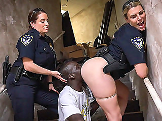 big butt,interracial,threesomes